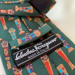 Salvatore Ferragamo Green Print Pattern Mens Tie